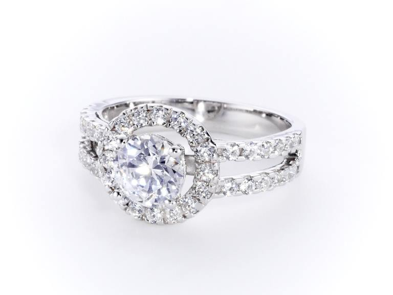 Halo Diamond Ring CGHK03490