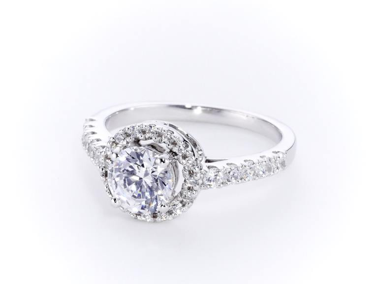 Halo Diamond Ring CGHK03540